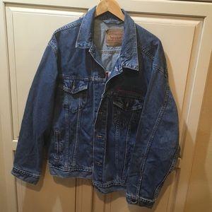 Vintage levi's denim trucker jacket type III xl